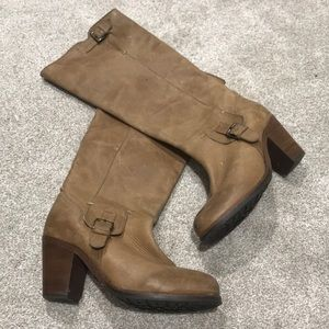 Arias chestnut leather boots with buckle, 7.5 / 38